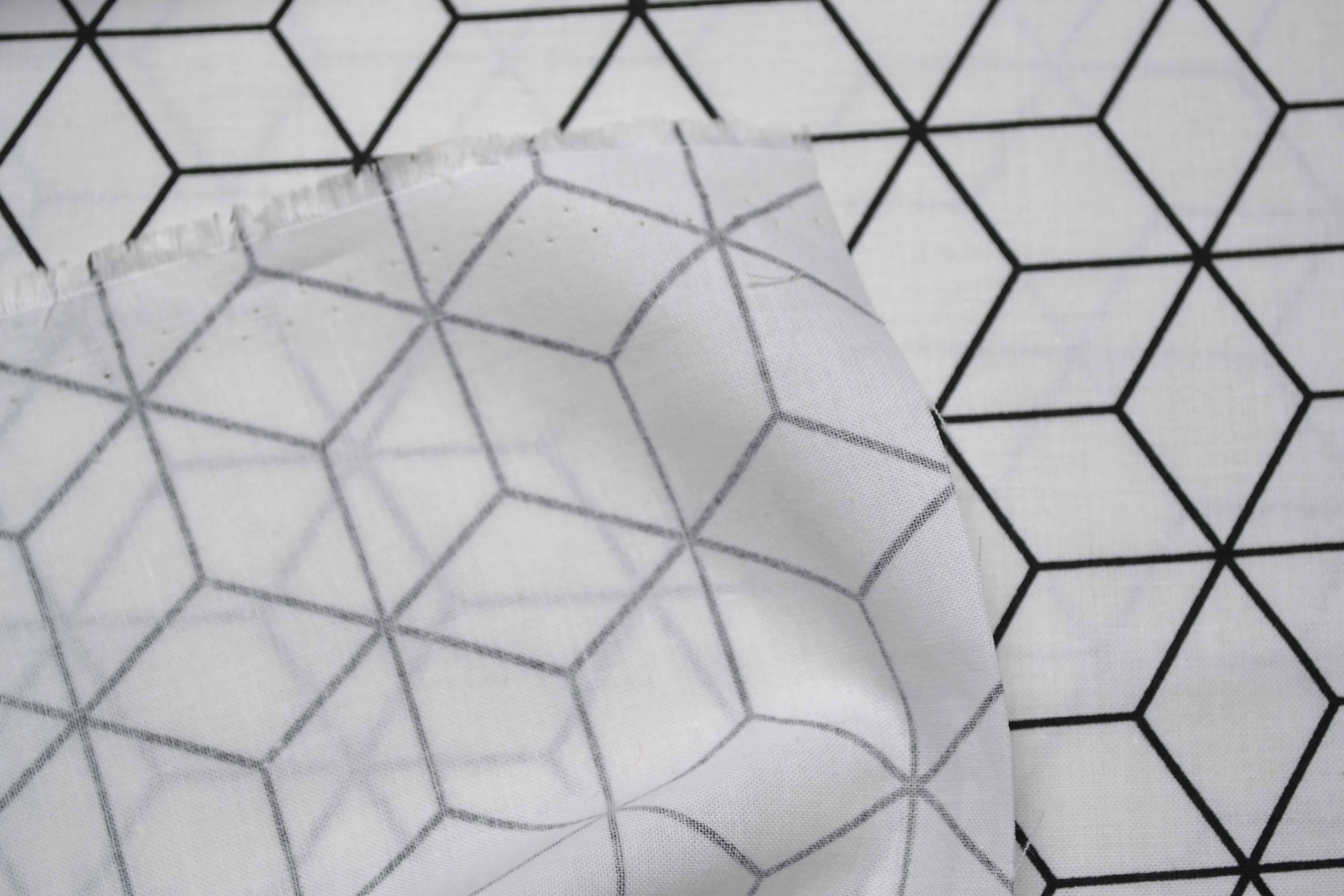 tessuto-di-cotone-rombo-bianco
